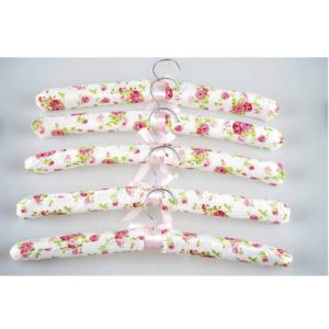 Wieszaki tekstylne na odzież VESPERO model Rose